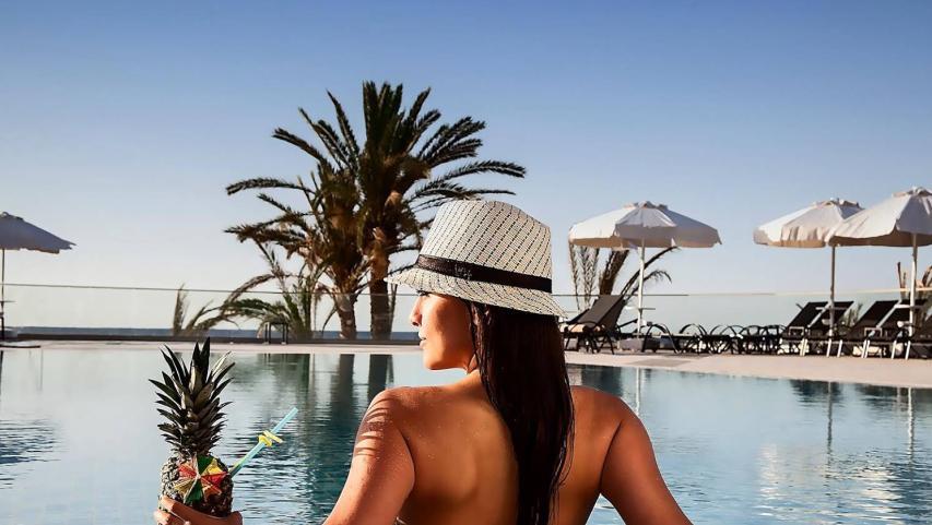 Elexus Hotel Resort Casino Girne En Uygun Fiyat Garantisi.